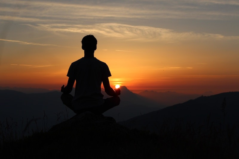 meditar também ajuda gerar dopamina